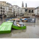 Destrozada la exposición de Reuters en Vitoria