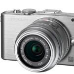 Olympus renueva su gama PEN con tres cámaras y dos objetivos fijos